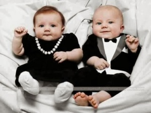 large_cute_twin_baby_14173
